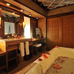 Отель InterContinental Le Moana Resort Bora Bora 4* Бунгало с различными типами кроватей фото 3