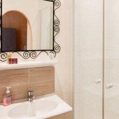 Отель Hôtel Côté Patio 3* Номер Комфорт с различными типами кроватей фото 12