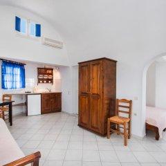 Отель Georgis Apartments Греция, Остров Санторини - отзывы, цены и фото номеров - забронировать отель Georgis Apartments онлайн комната для гостей фото 3