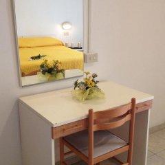Hotel Grazia 2* Стандартный номер с двуспальной кроватью фото 18