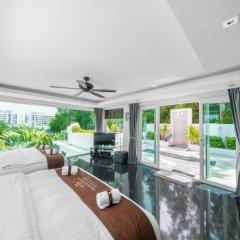Отель Villas In Pattaya 5* Вилла Премиум с различными типами кроватей фото 19
