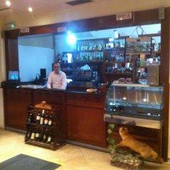 Отель Guesthouse Familja Албания, Берат - отзывы, цены и фото номеров - забронировать отель Guesthouse Familja онлайн гостиничный бар