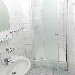 Гостиница Луч 3* Стандартный семейный номер с двуспальной кроватью фото 6