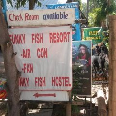 Отель Funky Fish Bungalows Таиланд, Ланта - отзывы, цены и фото номеров - забронировать отель Funky Fish Bungalows онлайн парковка