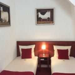 Amsterdam Hotel Parklane 3* Номер категории Эконом с различными типами кроватей фото 4