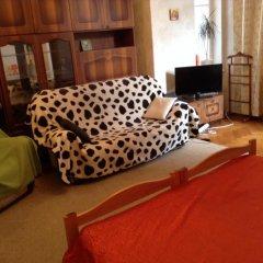 Ester President Hostel Стандартный номер с 2 отдельными кроватями (общая ванная комната) фото 7
