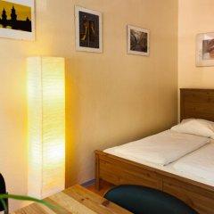 Отель U inn Berlin Hostel Германия, Берлин - отзывы, цены и фото номеров - забронировать отель U inn Berlin Hostel онлайн комната для гостей фото 4