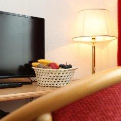 Hotel Crystal 3* Улучшенный номер с различными типами кроватей фото 4