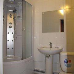 Мини-Отель На Казанской Стандартный семейный номер с двуспальной кроватью фото 3