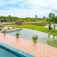 Отель Prew Lom Chom Nam бассейн фото 2