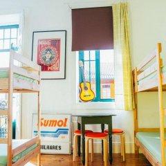Отель Dona Fina Guest House Кровать в общем номере с двухъярусной кроватью фото 7