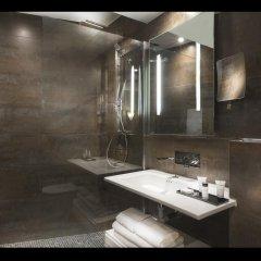 Отель Hôtel des Champs-Elysées Франция, Париж - отзывы, цены и фото номеров - забронировать отель Hôtel des Champs-Elysées онлайн ванная