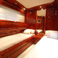 Отель Beyond the Sea Yacht спа фото 2