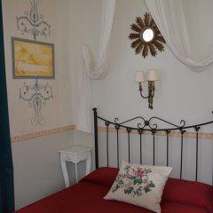 Отель Hostal Center Inn 2* Стандартный номер с различными типами кроватей фото 48