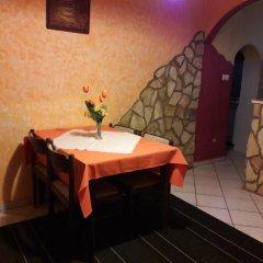 Отель Taltos Vendeghaz Венгрия, Силвашварад - отзывы, цены и фото номеров - забронировать отель Taltos Vendeghaz онлайн питание фото 2