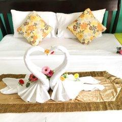 Отель Goldsea Beach 3* Улучшенный номер с двуспальной кроватью фото 3