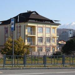 Гостиница Olimpiysky Guest House парковка