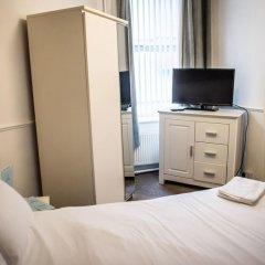 The Mitre Hotel 3* Стандартный семейный номер с двуспальной кроватью фото 4