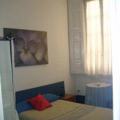 Отель Puerta del Sol Rooms Стандартный номер с различными типами кроватей фото 15