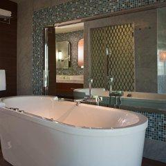Renaissance Izmir Hotel 5* Номер Делюкс с различными типами кроватей