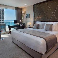 Crowne Plaza Tel Aviv Beach 3* Представительский номер с различными типами кроватей