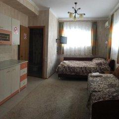 Гостиница Гостевой дом Мария в Анапе отзывы, цены и фото номеров - забронировать гостиницу Гостевой дом Мария онлайн Анапа комната для гостей фото 5