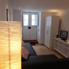 Отель Dobairro Suites at Principe Real Лиссабон комната для гостей фото 5