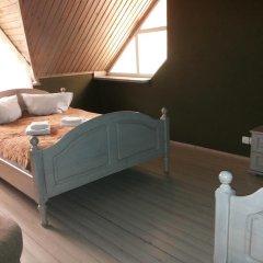 Гостиница 4 Peaks Guest House Стандартный семейный номер с двуспальной кроватью фото 2