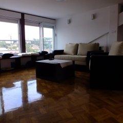 Апартаменты Apartment Tref комната для гостей фото 2