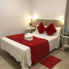Отель Hostal Casa de Huespedes Marisol Стандартный номер с различными типами кроватей фото 5