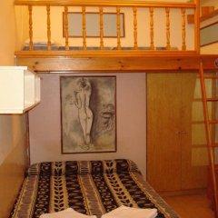 Отель Hostal Rembrandt Стандартный номер с различными типами кроватей фото 3