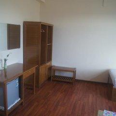 Отель Ostello Bello Nyaung Shwe Люкс с различными типами кроватей