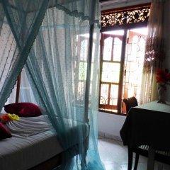 Отель Bouganvila Guest Шри-Ланка, Галле - отзывы, цены и фото номеров - забронировать отель Bouganvila Guest онлайн бассейн