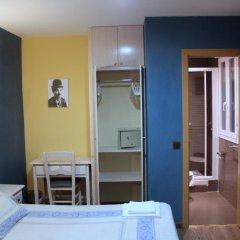 Отель Hostal Regio Стандартный номер с двуспальной кроватью фото 2