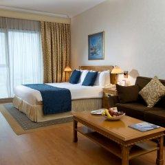 Отель Crowne Plaza Dubai Номер Делюкс с различными типами кроватей фото 4