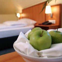 Отель IntercityHotel München 4* Стандартный номер с различными типами кроватей