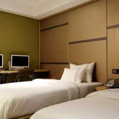 Donggyeong Hotel комната для гостей
