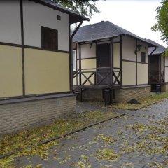 Гостиница Загородный клуб Weekend парковка