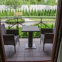 Гостиница Petrani Nivki балкон