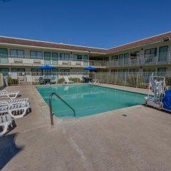 Отель Motel 6 Meridian Mississippi бассейн фото 3