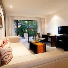 Отель Woraburi Phuket Resort & Spa 4* Улучшенный номер двуспальная кровать фото 2