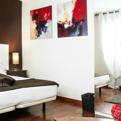 THC Gran Via Hostel Улучшенный номер с различными типами кроватей фото 3