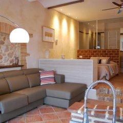 Отель Arianella B&B Penedes интерьер отеля фото 3