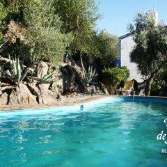 Отель Estalagem de Monsaraz Португалия, Регенгуш-ди-Монсараш - отзывы, цены и фото номеров - забронировать отель Estalagem de Monsaraz онлайн бассейн
