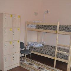 """Гостиница """"Каширская"""" Тюмень Центр 3* Кровать в общем номере двухъярусные кровати"""