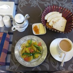 Отель Dhargye Khangsar Непал, Катманду - отзывы, цены и фото номеров - забронировать отель Dhargye Khangsar онлайн питание фото 3