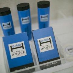 Отель The House Patong 3* Улучшенный номер с различными типами кроватей фото 7