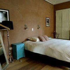Отель Saint-Sauveur Bruges B&B 4* Номер Делюкс с различными типами кроватей фото 2