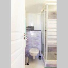 Отель Lovely Studio Center of Paris Франция, Париж - отзывы, цены и фото номеров - забронировать отель Lovely Studio Center of Paris онлайн ванная