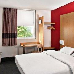 B&B Hotel Warszawa-Okęcie 2* Стандартный номер с различными типами кроватей фото 3